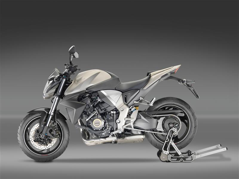 2016 Honda CB1000R Review / Specs - Naked Sport Bike