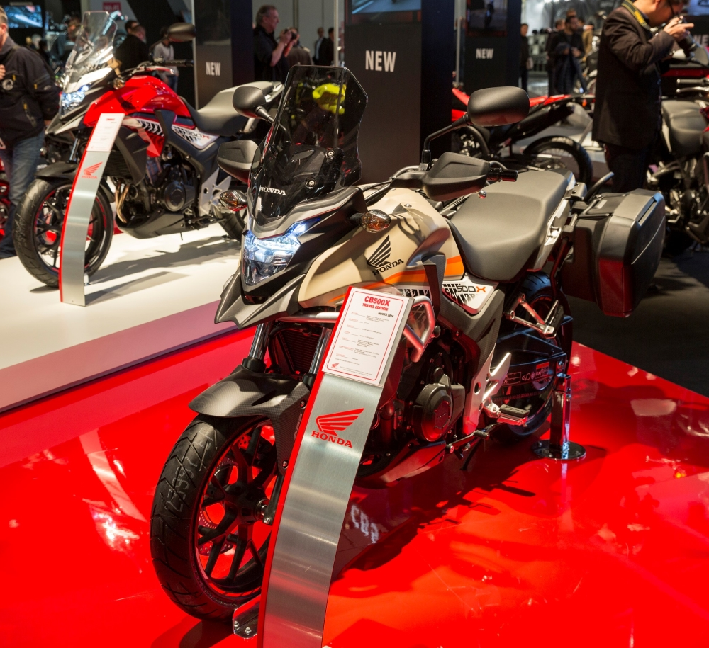 2016 CB500X Adventure Motorcycle Review - Detailed Specs