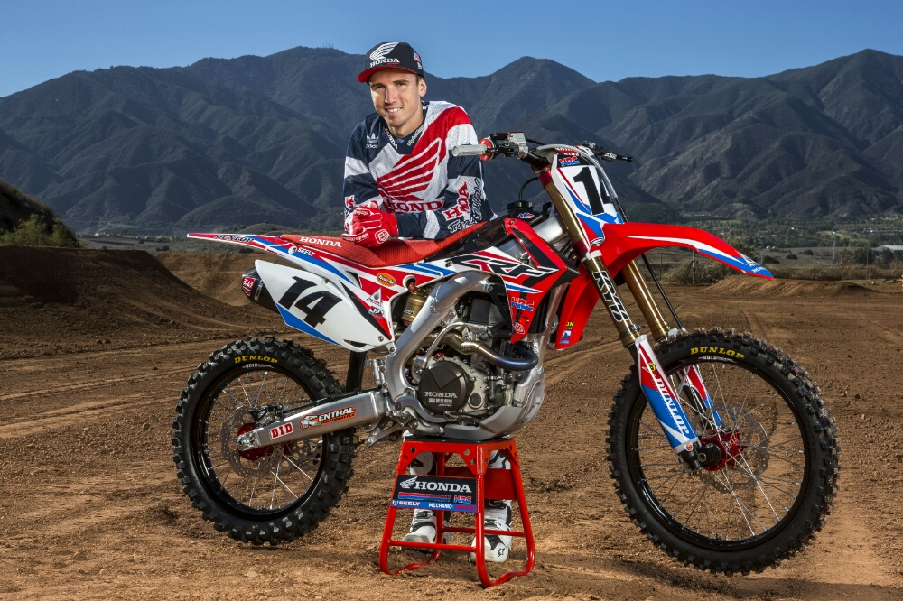 2016 CRF450R Race Bikes & Team Honda HRC Presents 2016 ... Race Bike Photos