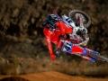 2016-honda-crf450r-whip-race-motorcycle-dirt-bike