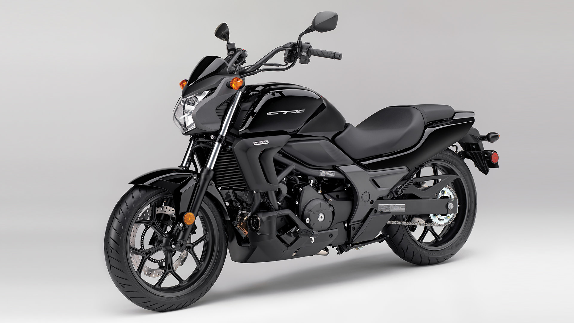 2016 honda ctx700n dct review specs pictures videos. Black Bedroom Furniture Sets. Home Design Ideas