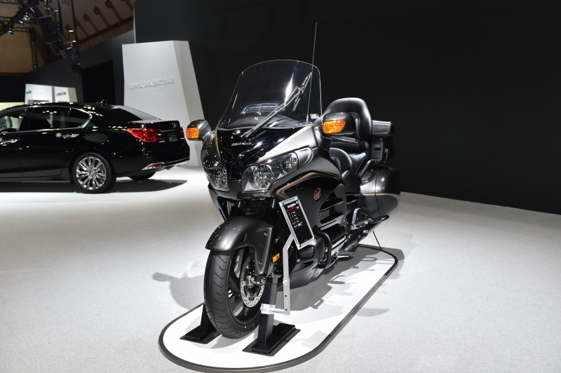 2016 Honda Gold Wing Navigation Review / Specs / Pictures ...