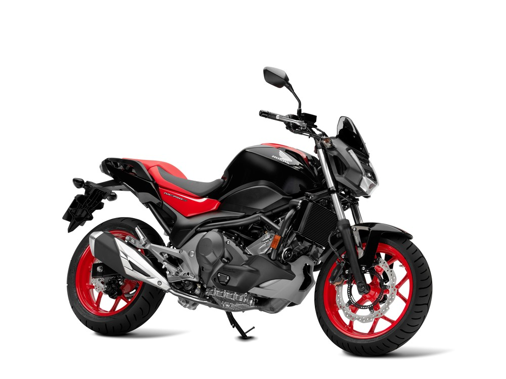 2016 honda nc750s review of specs changes pictures. Black Bedroom Furniture Sets. Home Design Ideas