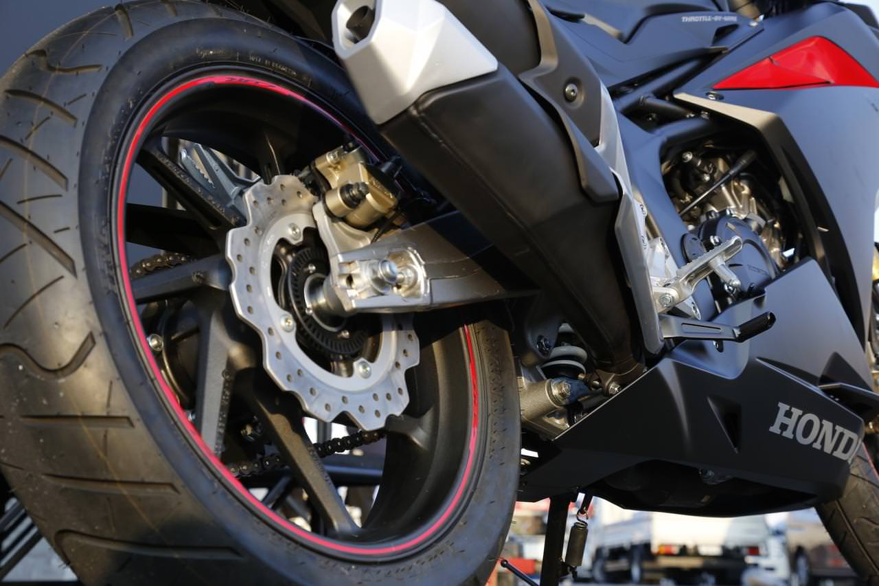 2017 Honda Cbr250rr Review Of Specs Features Pictures Videos Fender Eliminator New Cbr 250rr Specifications