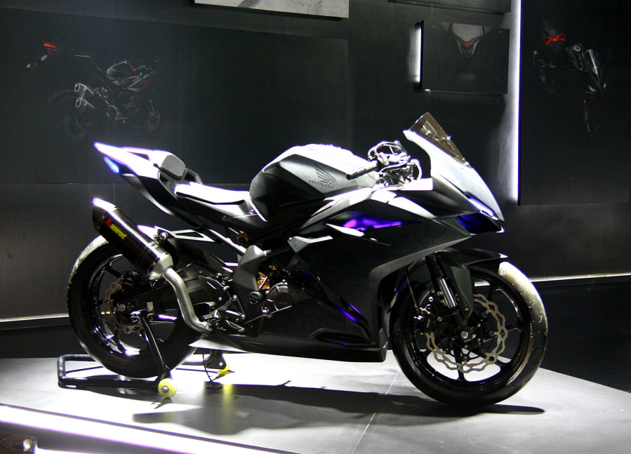 2017 honda cbr250rr review of specs features pictures. Black Bedroom Furniture Sets. Home Design Ideas
