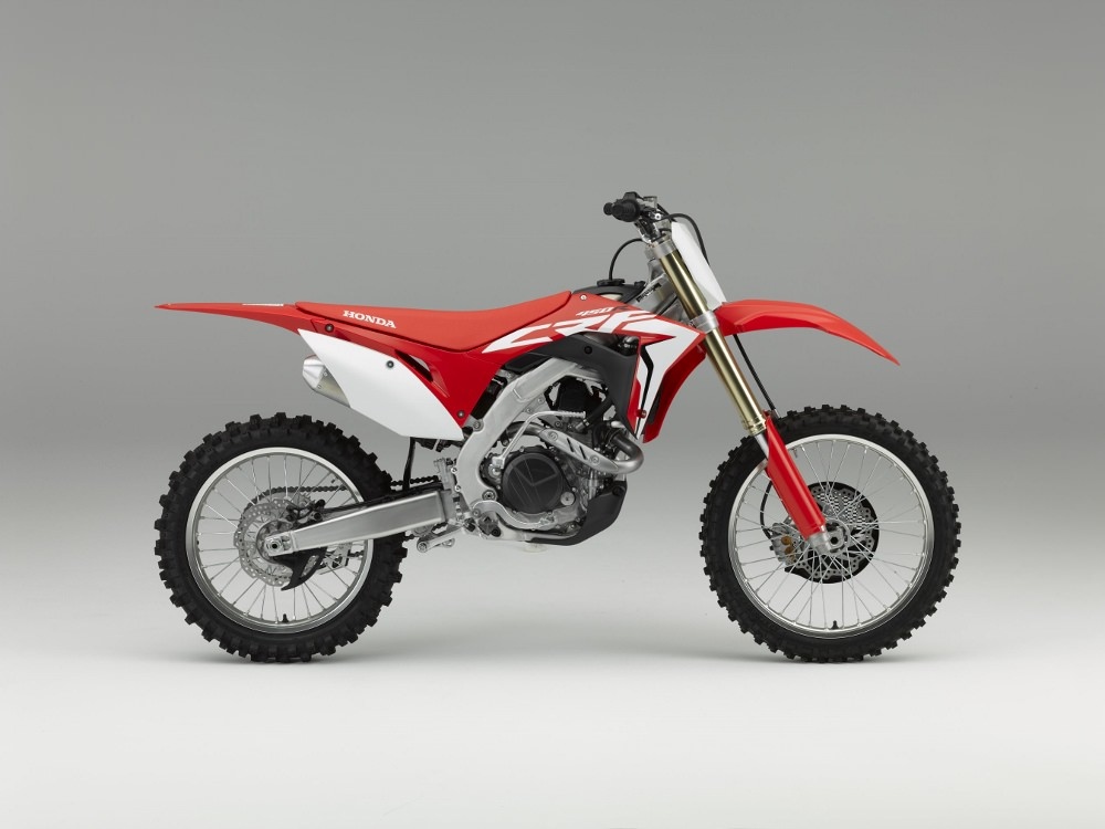 2017 Honda CRF450R Review / Specs - Dirt Bike / Motorcycle Horsepower, Torque, Frame, Suspension