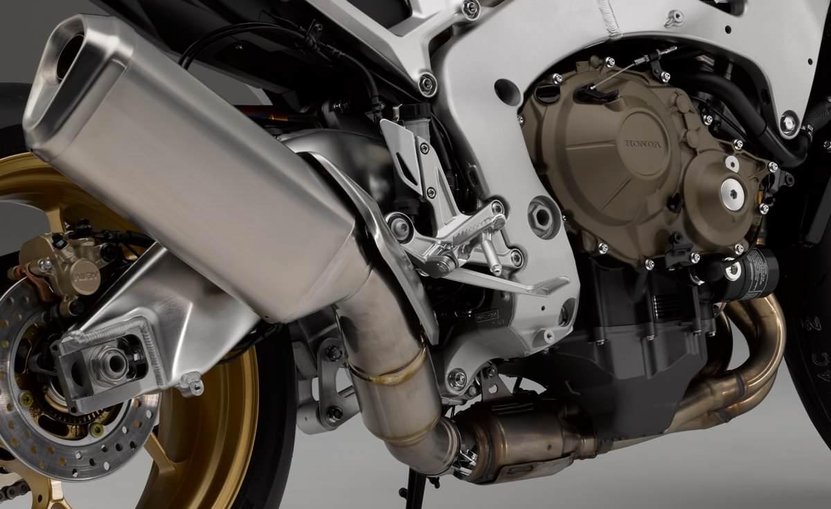 Honda Cbr1000rr Review >> New 2017 Honda CBR1000RR SP Review | CBR Specs, HP & TQ Changes, Price, Release Date + More!