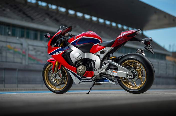 2017 Honda CBR1000RR SP Specs - Price, HP & TQ Changes - CBR 1000 RR Sport Bike / Motorcycle / SuperBike