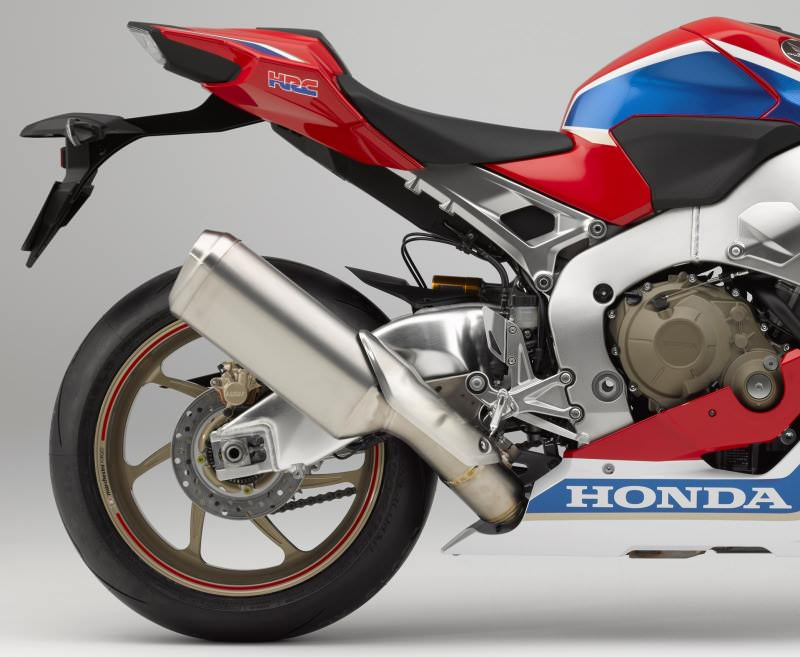New 2017 Honda CBR1000RR SP Review | CBR Specs, HP & TQ Changes, Price, Release Date + More!