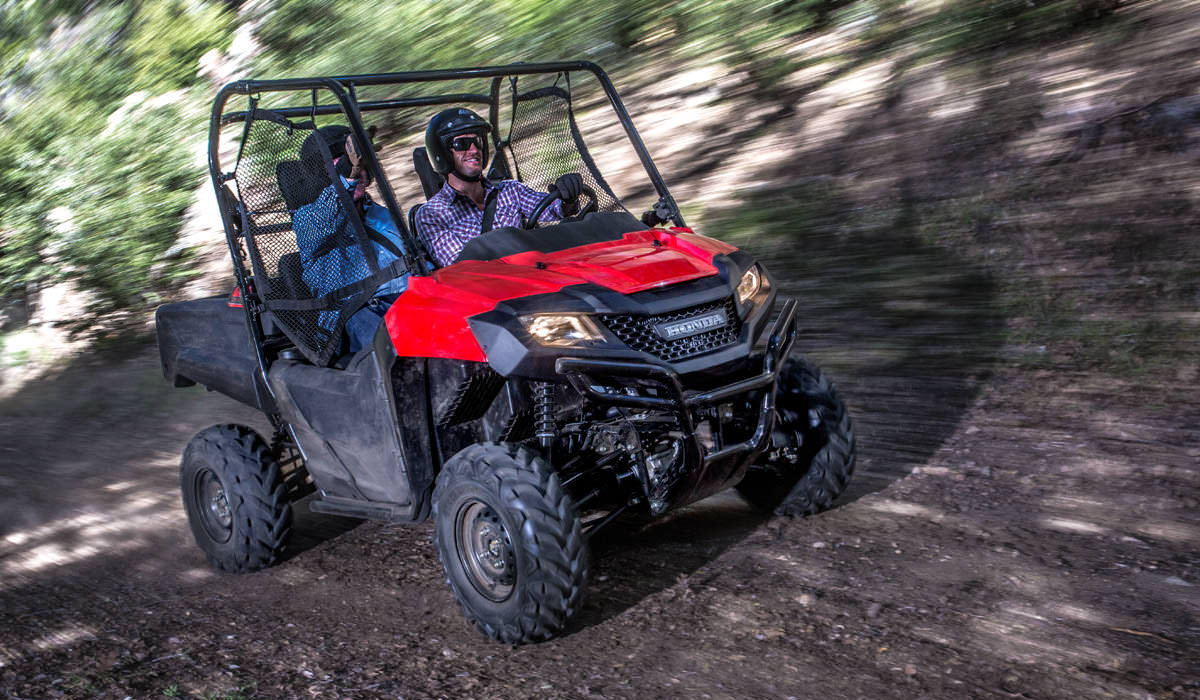 Honda Pioneer 700 4 Review >> 2017 Honda Pioneer 700 Review | Deluxe Model Changes & Specs, Features, Accessories + More ...