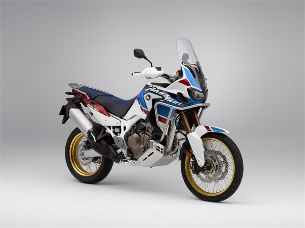 2018 Africa Twin Adventure Sports Motorcycle Review / Specs