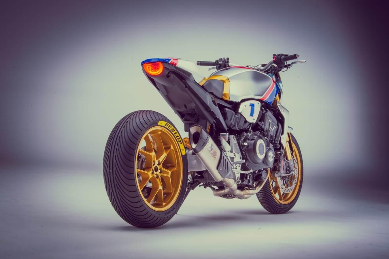 Honda cb1000r sc-project new dedicated mufflers.