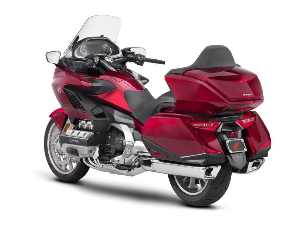 Honda Gold Wing Review Specs Motorcycle Touring Bike Tour on Honda Goldwing Gl1800 Fog Lights