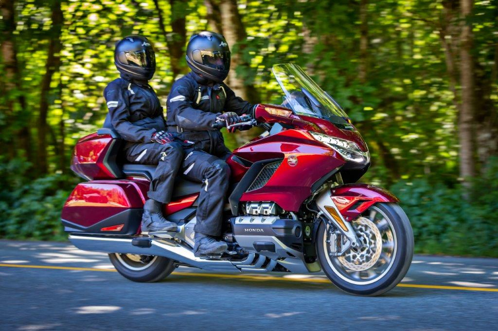 2018 honda goldwing tour review specs new changes r d. Black Bedroom Furniture Sets. Home Design Ideas