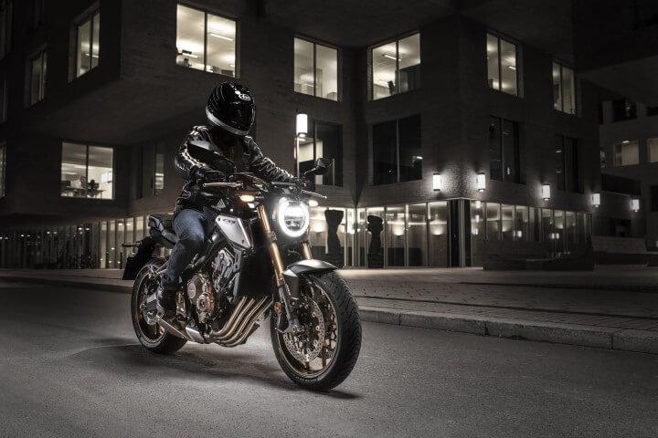 NEW 2019 Honda CB650R Review / Specs + Changes From CB650F
