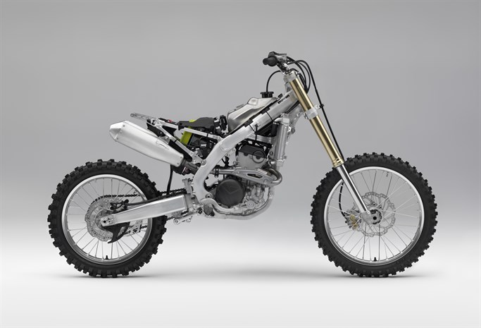 Rake And Trail Are Set At 27.5°/116mm, With Wheelbase Of 58.3 In. (1486mm).  Curb / Wet Weight On The 2019 CRF250R Comes In At 237 Lbs (108kg).