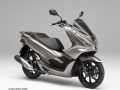 2019 Honda PCX150 Ride Review / Specs + NEW Changes!