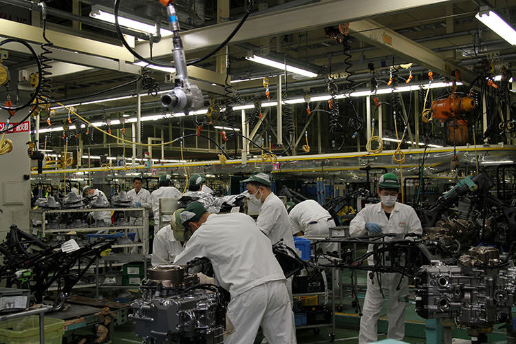 2016 Honda Africa Twin Crf Production Line Assembly