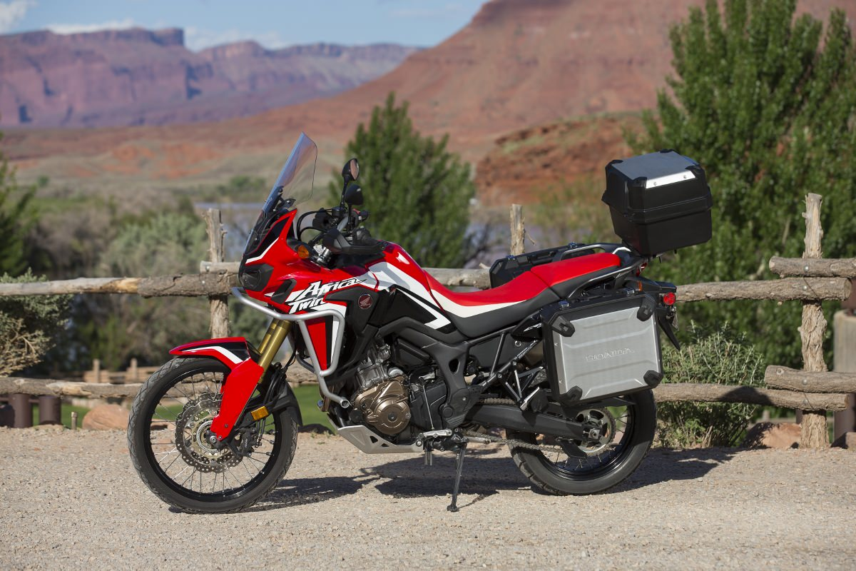 New 2016 Honda Africa Twin Pictures Released| Adventure Motorcycle Photo Gallery | Honda-Pro Kevin