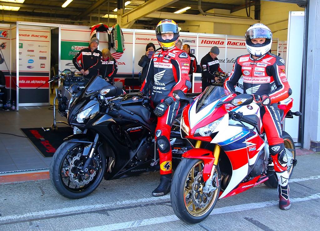 2016 Honda CBR1000RR SP Fireblade TT Special Edition CBR Sport Bike / Motorcycle | CBR 1000 RR SuperSport SuperBike