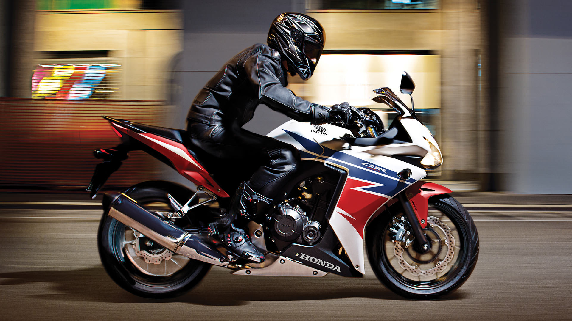 2014 Honda CBR500R Review / Specs / Pictures & Videos