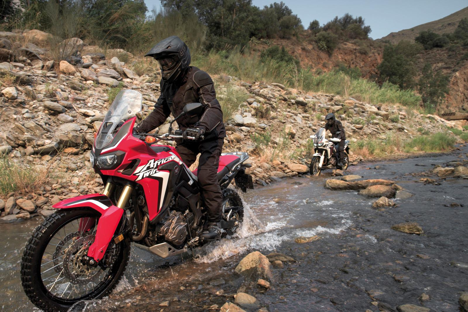 Honda Pioneer 700 4 Review >> Honda Africa Twin CRF1000L Pictures | 2016 Motorcycles ...