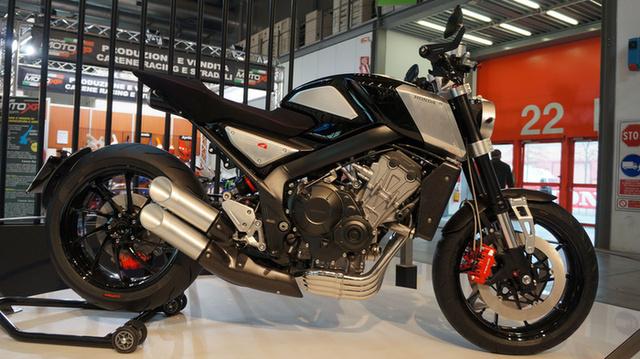 [Imagem: 2017-honda-cb4-concept-motorcycles-bikes...hter-6.jpg]