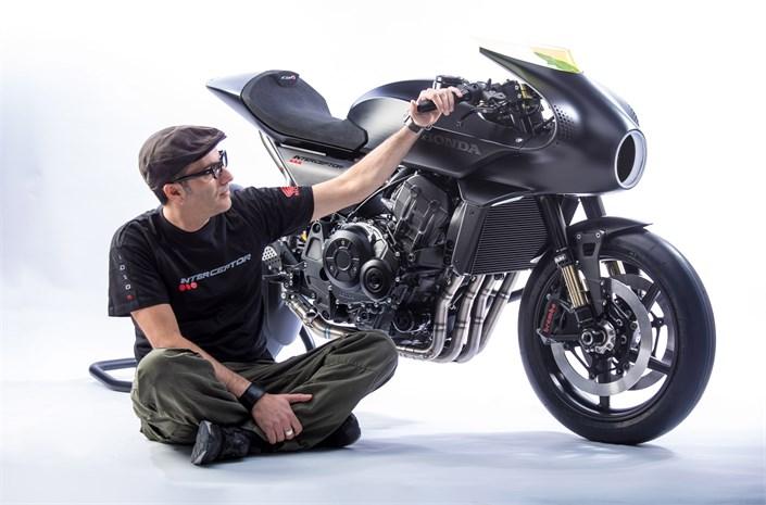 New 2019 Honda CB4 Interceptor Concept Motorcycle Unveiled | EICMA 2017 Motorcycle Show News ...