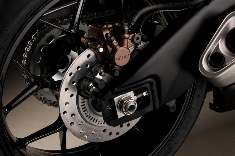 2016-honda-cbr1000rr-suspension-frame-chassis-sport-bike-motorcycle-wheels-brakes-rotors-supersport- (2)
