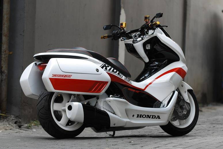 2018 Honda Pcx150 Scooter Ride Review Specs Mpg