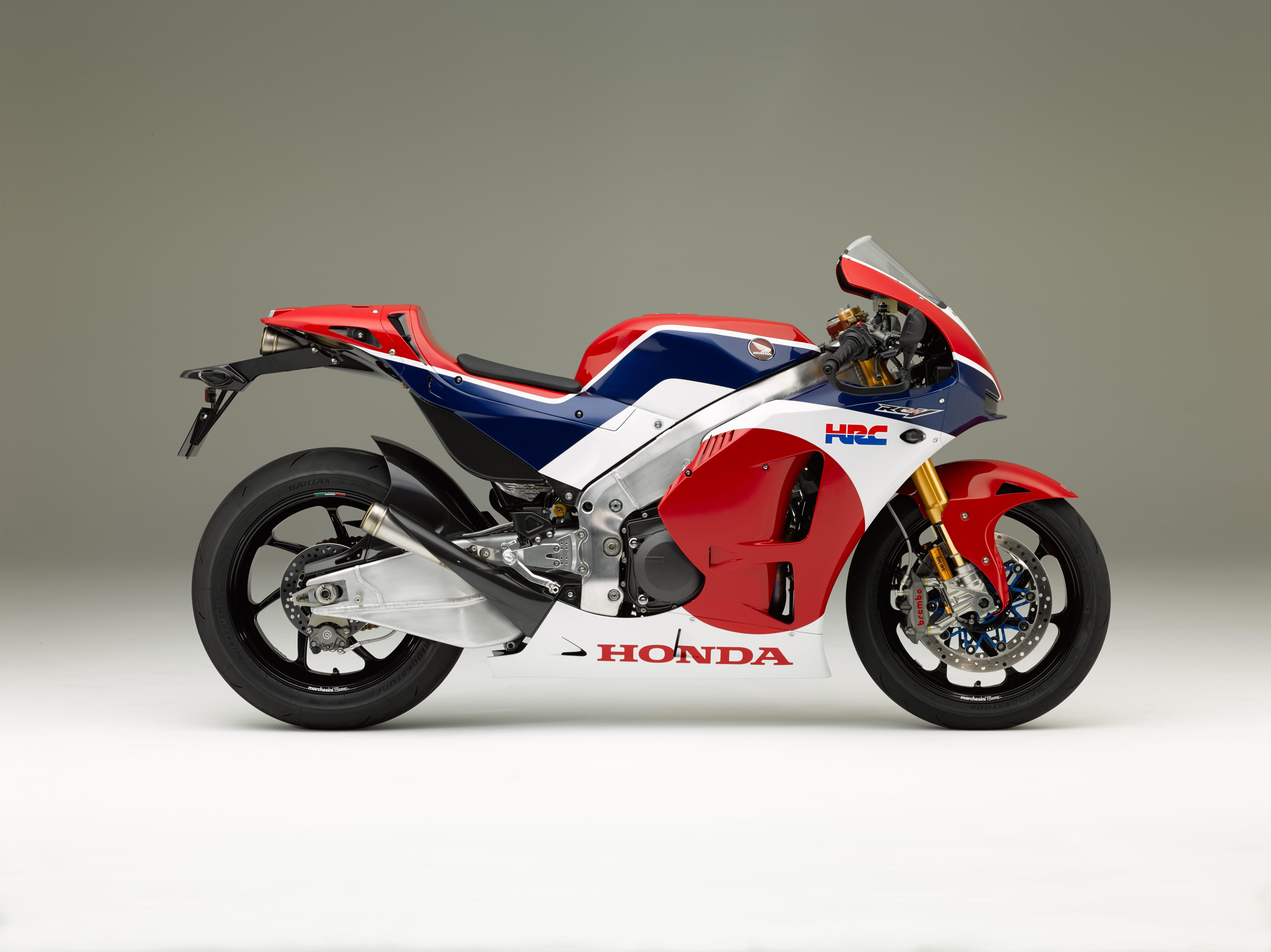 Honda RC213V S MotoGP replica - YouTube