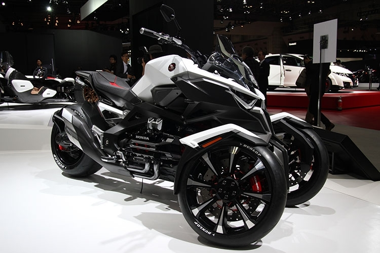 honda neo wing = new 2017 trike / 3 wheel motorcycle? goldwing