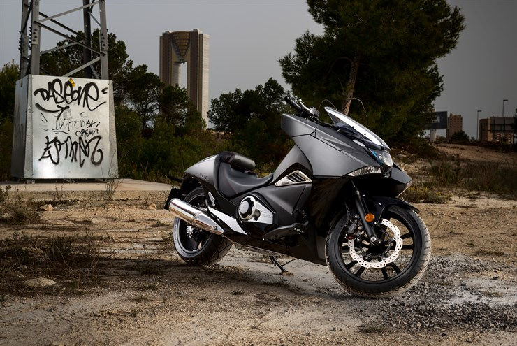 2018 honda nc700x dct. Unique Dct The NM4u0027s 670cc Liquidcooled Paralleltwin Is Pure Honda Tipping The  Cylinders Forward Also Contributes To Low Center Of Gravity  And 2018 Honda Nc700x Dct X