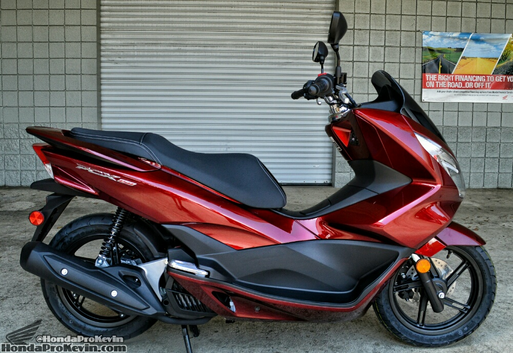 2016 Honda PCX 150 Review / Scooter MPG / Automatic Transmission / MSRP Price - PCX150G