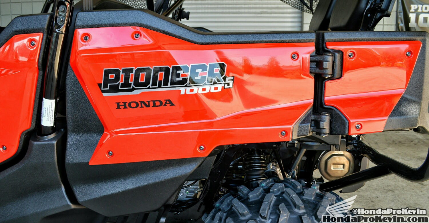 ... 2016 Honda Pioneer 1000 5 Door Review Sxs Utv Side By Side Atv Utility Vehicle 4x4 Sxs10m5d 12  ...