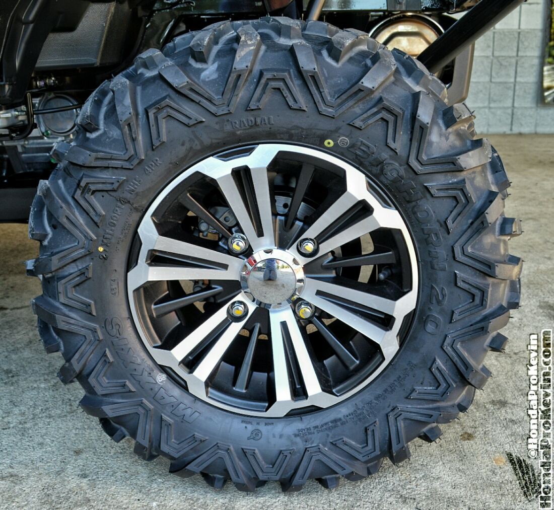 2017 Honda Pioneer 1000 Wheels & Tires - Review / Specs - Side by Side ATV / UTV / SxS / Utility Vehicle 4x4 - SXS1000 - SXS10M5