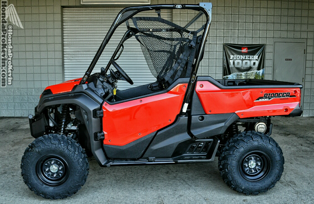 2016 Honda Pioneer 1000 EPS Review - UTV / Side by Side ATV / SxS / Utility Vehicle 4x4 SXS10M3P