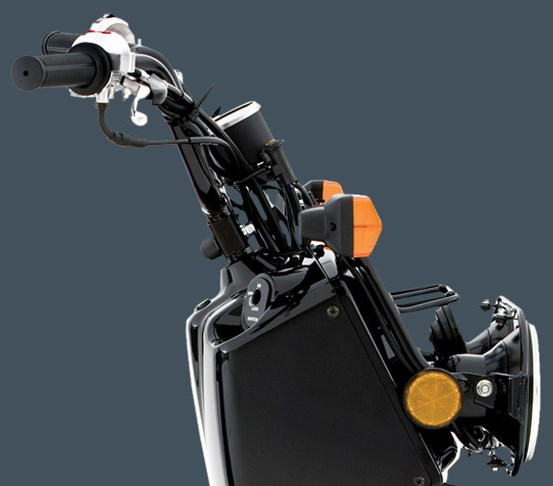 2018 Honda Ruckus Review of Specs / Features | 49cc Scooter (NPS50 ...