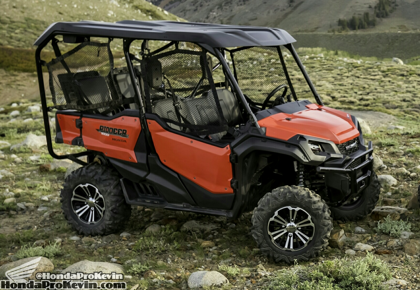 2016 honda pioneer 1000 5 review specs pictures. Black Bedroom Furniture Sets. Home Design Ideas
