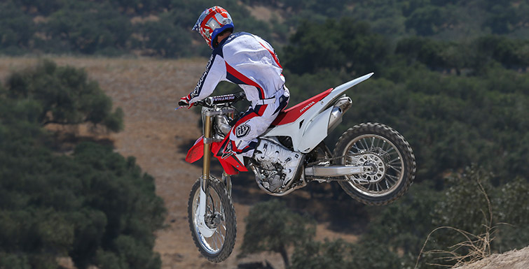 2016 Honda CRF250R Review of Specs / Changes & Upgrades - MX