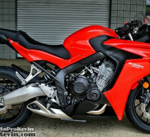 Honda-CBR650F-Sport-Bike-Motorcycle-Review-Specs-Horsepower-Price-CBR-650