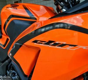 2016-Honda-CBR300R-Sport-Bike-Motorcycle-Review-Specs-Pictures-Videos-Black-CBR-300R
