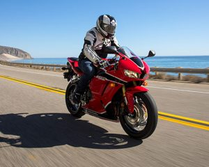 2018 Honda CBR600RR Ride Review / Specs - CBR Sportbike: Price, HP & TQ Performance Info + More! | CBR 600 RR