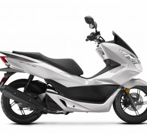 2018 Honda PCX150 Scooter Review / Specs - Price, MPG, Top Speed, Accessories - PCX 150