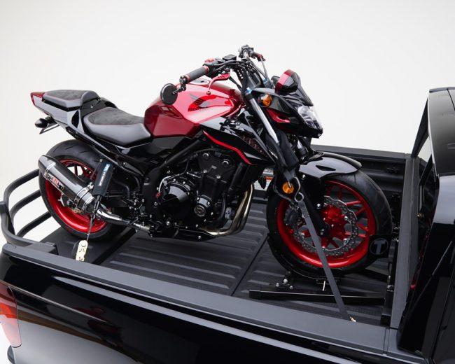 Custom 2017 Honda CB500F Naked CBR Sport Bike & RidgeLine Truck / SEMA