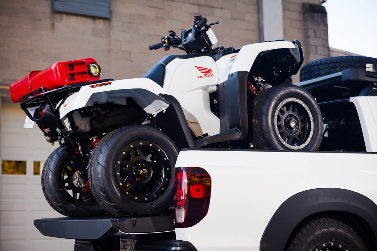 2017 Ridgeline Off Road >> Custom Honda Foreman Rubicon 500 ATV + NITROUS KIT & Ridgeline Truck Build | SEMA 2016 | Honda ...