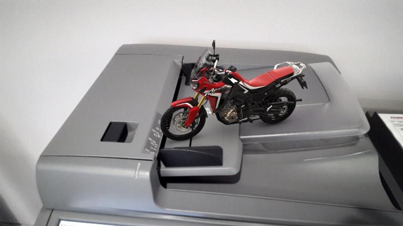 2016 Honda Africa Twin Crf1000l Adventure Motorcycle Bike