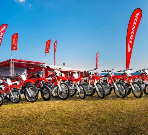 NEW 2017 Honda CRF Dirt Bikes / Motorcycles | Model Lineup Review, Specs, Changes, Prices - CRF50F / CRF110F / CRF125F / CRF125FB / CRF150F / CRF230F / CRF150R / CRF150RB / CRF250R / CRF450R / CRF250X / CRF450X / CRF250L / XR650L