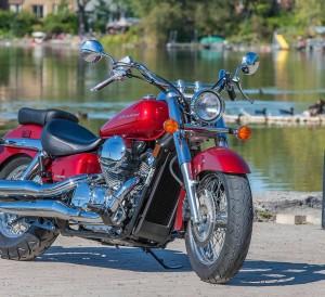 Honda-Shadow-Aero-750-Review-Specs-Cruiser-Motorcycle-VT750-Price-MPG-HP-TQ-Accessories