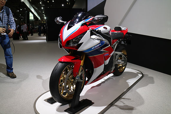 honda cbrrr review  specs sport bike motorcycle honda pro kevin